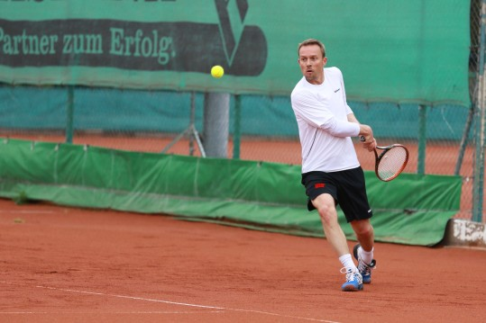 20130601_tus_tennis_herren_40_018